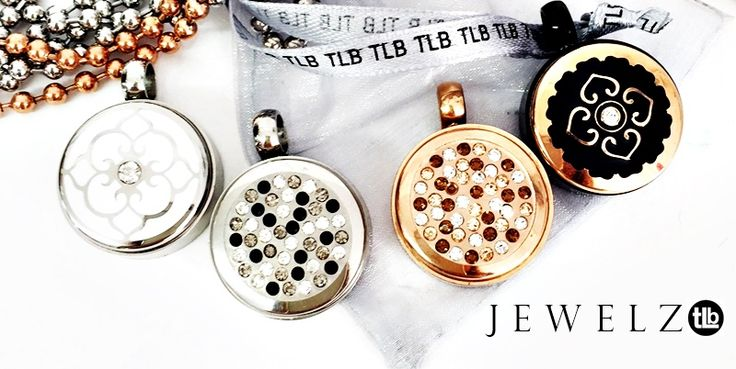 Jewelz released. Buy on line put that sparkle to yout TLB collection Interchangeable jewellery #glitter #sparkles www.twolyttelbuttons.co.nz