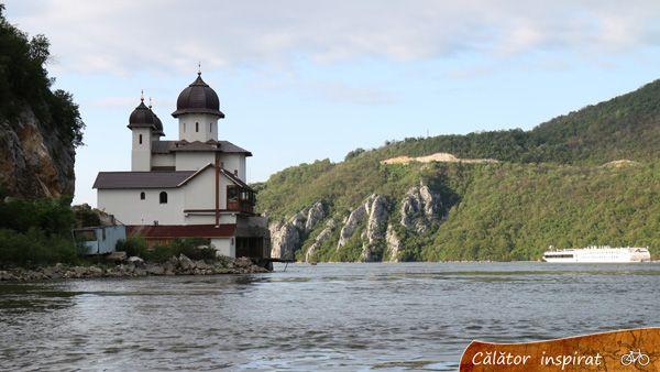 Mănăstirea Mraconia - turul Dunării pe bicicletă