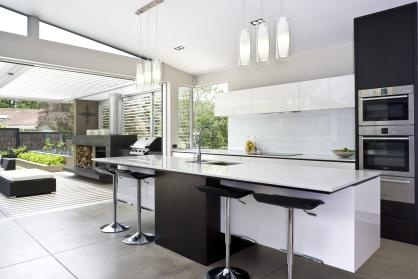 Extension of kitchen with outdoor bbq & fireplace beyond 1
