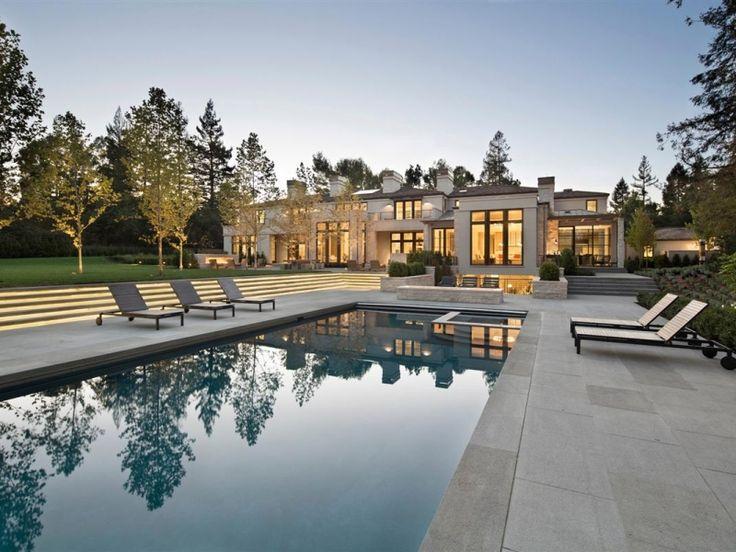 Milliardär und Mitbegründer von Microsoft, Paul Allen, bezieht sein neues $27 Millionen Anwesen in Atherton, Kalifornien, einer kleinen Stadt im...