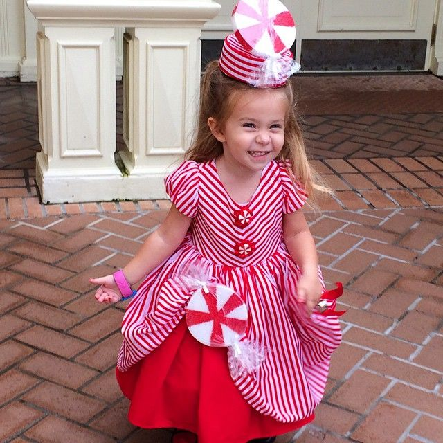 Best Ferdalump Images On Pinterest Amazing Costumes Costume - Mother makes daughters dreams come true incredible disney costumes