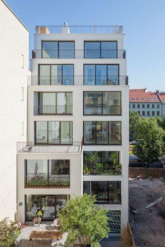 KUEHN MALVEZZI — Apartment house in Berlin Mitte repinned by www.pinterest.com/quelleelegance