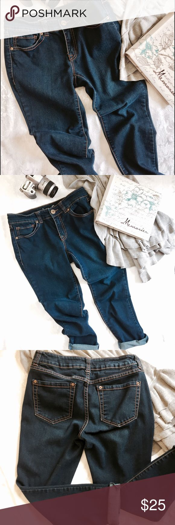 INC Skinny leg jeans Super cute skinny leg jeans, cotton, polyester, rayon and spandex, inseam 25 inches, size 6 petite.  These jeans are really comfortable because of the spandex, they are mid rise, super comfortable, EUC INC Jeans Skinny