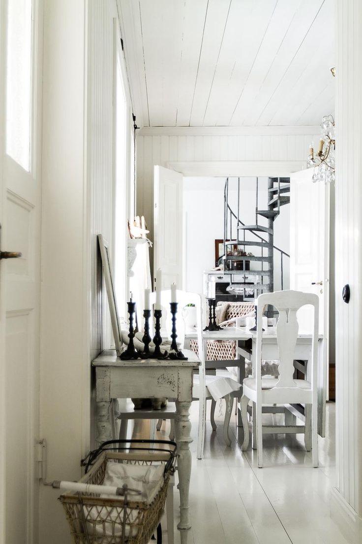 Incredibly Stylish Apartment 32