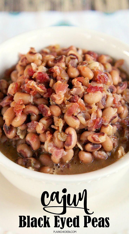 Cajun Black-Eyed Peas Recipe - bacon, black-eyed peas, chicken broth, hot sauce and cajun seasoning - great way to doctor up canned black-eyed peas!