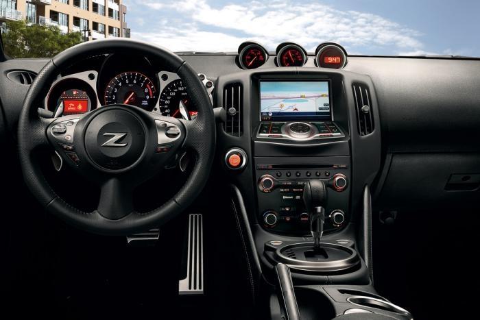 2013 Nissan 370Z Interior http://www.bobrichardsnissan.com/search/search_filter/type/new/model/370z/