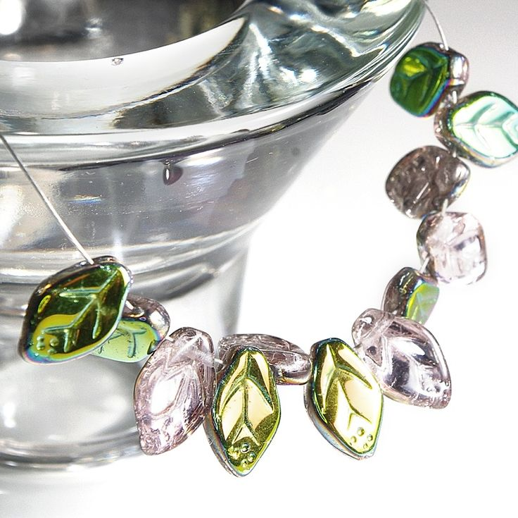 Jewery supplies -Leaves Glass Czech Beads - Pale Pink with Vitrail Coating 7х12 mm -White Giraffe