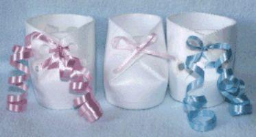 Como hacer souvenirs con forma de zapatos de bebe
