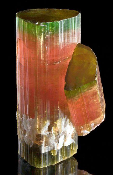 Watermelon Tourmaline - Himalaya Mine, Gem Hill, Mesa Grande District, San Diego Co., California.  size: 6.5 cm x 4.6cm x 4 cm