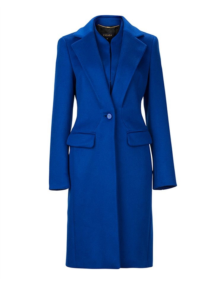 Colour your wardrobe with a bright blue #Escada coat  #ParndorfMustHave