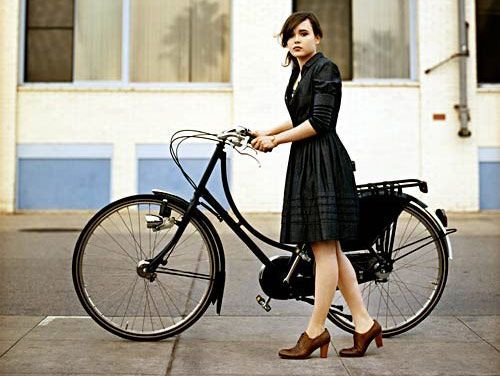 """The classic """"step through"""" bike design makes riding in skirts a breeze. Photo courtesy of Gentleman Cyclist. // I want both the bike and the dress!: Cycle Chic, Bicycles, Fashion, Ellen Page, Bike, Girl, Style, Dress"""