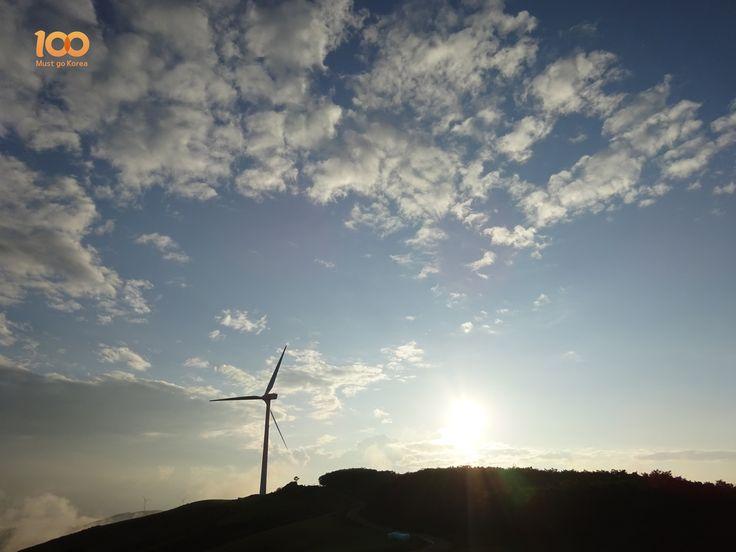 #windgenerator #gangwondo #bivouac #대관령 #korea #koreatrip #koreatravel #visitkorea