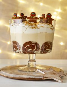 Gingerbread trifle w/irish cream liqueur: sainsburymagazine.co.uk