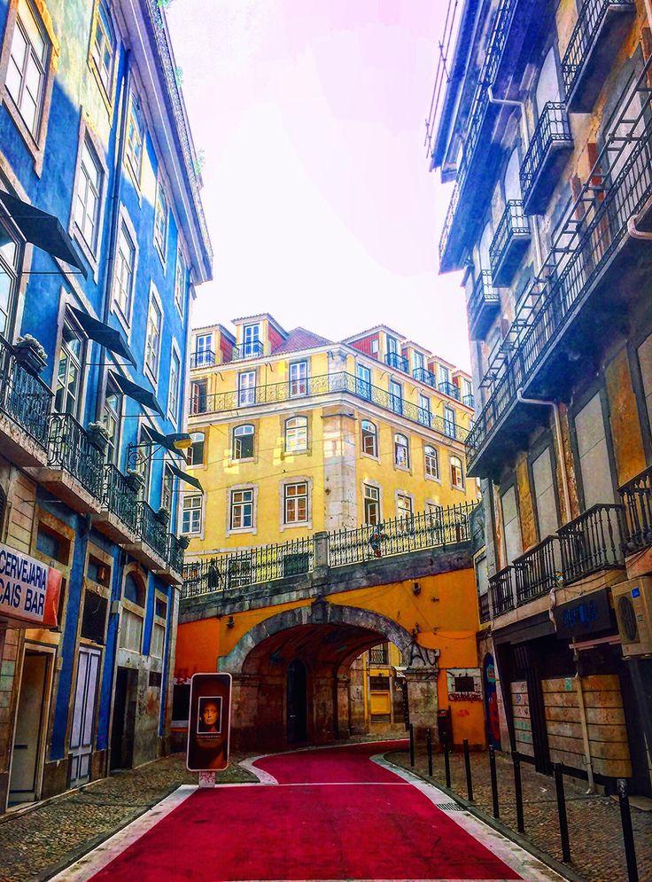 #Lisbon by Sarah Barlondo