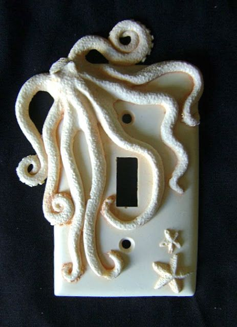 Love this!  I want some neutral colors in here! Octopus switchplate