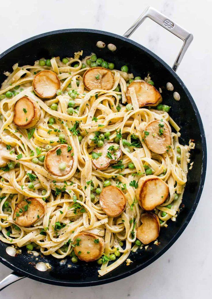 One Pot Creamy Fettuccine Peas King Oyster Mushroom Scallops Mushroom Recipes Vegan Seafood Recipes Vegetarian Recipes Dinner