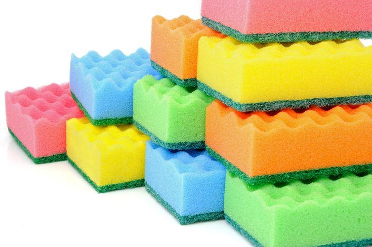 Кухонные губки – полезная мелочь или рассадник бактерий?. Как вы считаете, что в вашем доме является рассадником бактерий «№1»? Многие скажут, что это — крышка унитаза, и окажутся неправы. Вы удивитесь, но лидером являются обыкновенные кухонные губки, котор…
