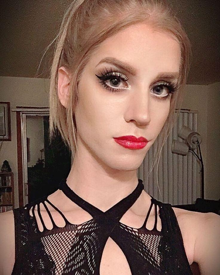 """91 Likes, 3 Comments - Dakota Kühn (@dakota_kuhn) on Instagram: """" #crossdresser #sexy #transvestite #teamtrans #ladyboy #femboy #customlashes…"""""""