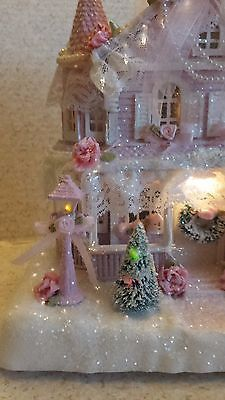 Потертый шик викторианский освещенный розовый Рождественская деревня дом большой оптоволоконный