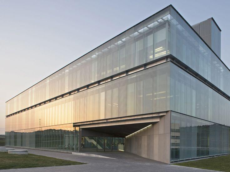 Edificio de Oficinas de Gamesa Eólica | Francisco Mangado. Arquitecto