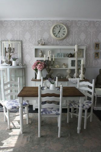 Shabby Chic Table 4 toile ladderback Chairs