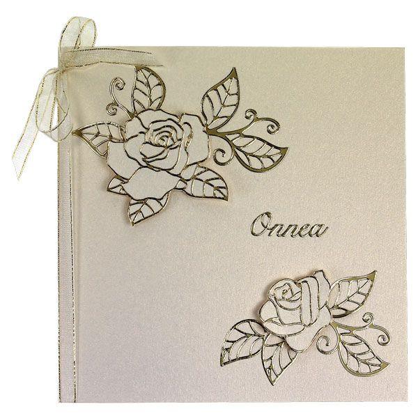 Ruusuaiheinen kortti on valmistettu ääriviivatarrojen avulla. Tarvikkeet ja ideat Sinellistä!