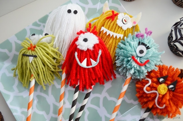 """Yarn Monster Cupcake Picks - maybe use these for an """"adopt a monster"""" basket"""