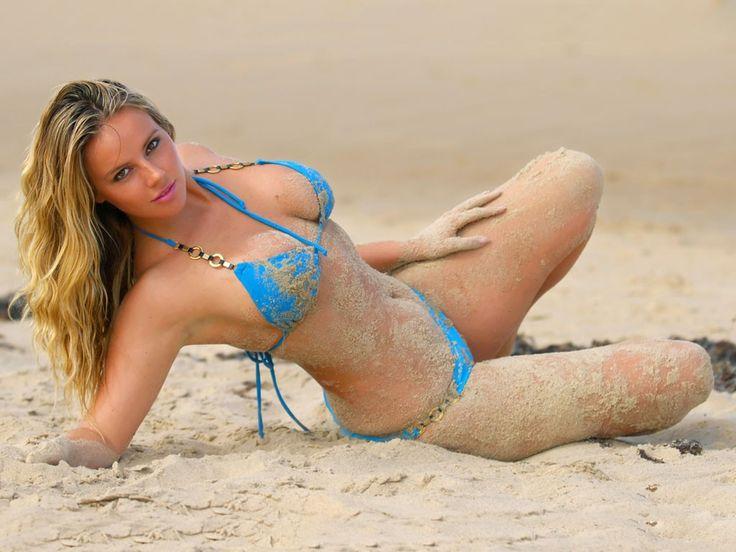 Heiße Mädchen am Strand - heißes Mädchen im Club Warschau  die besten cl; ub mit striptis in Warschau, der polnischen heiße mädchen, hot chicks, heiße Puppen