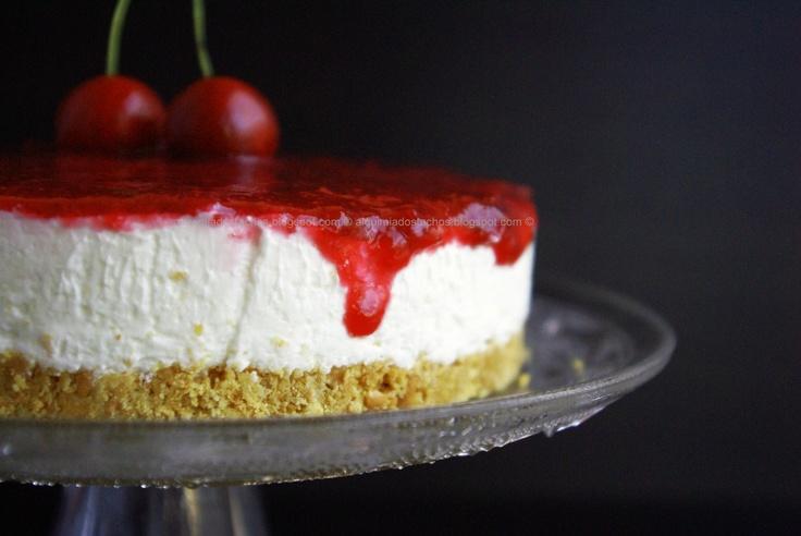 Cherry Cheesecake /  Cheesecake com Coulis de Cereja