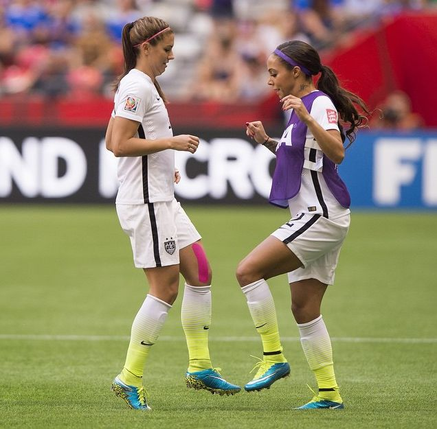 Alex Morgan and Sydney Leroux, training. (Instagram)