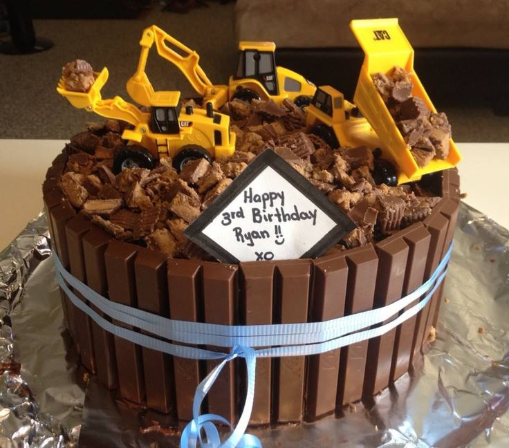 My Little Man's birthday cake ~ he turned 3 and LOVES diggers etc.