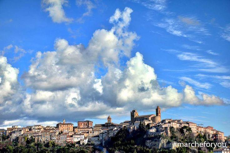 """Sant'Elpidio a Mare - Fermo by @francescaiacoponi """"Il borgo di #santelpidioamare"""" Ottima vista Francesca, grazie! ❤"""