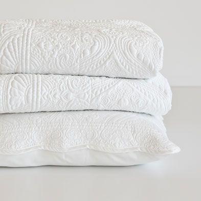 Simple Bedding