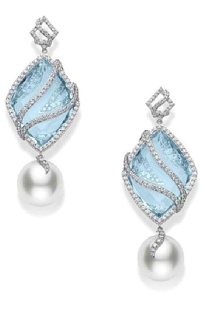 Playing with color at @official_mikimoto this year...like these aquamarine, diamond and pearl earrings from the Reflection collection.
