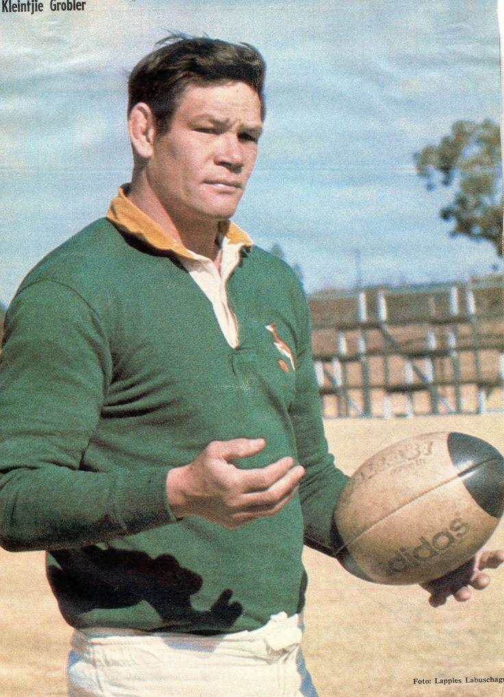 Keintjie Grobler (Losvoorspeler) - 1974. CMclook rugby collection)