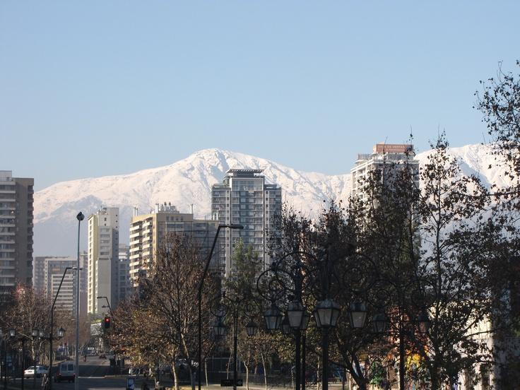 De tarde fui olhar a Cordilheira dos Andes que  se perdia nos longes da Bolívia