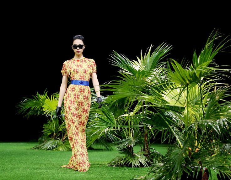 Vietnam Fashion Week SS17 - Ready to wear. Designer: Do Trinh Hoai Nam Photo: Cao Duy