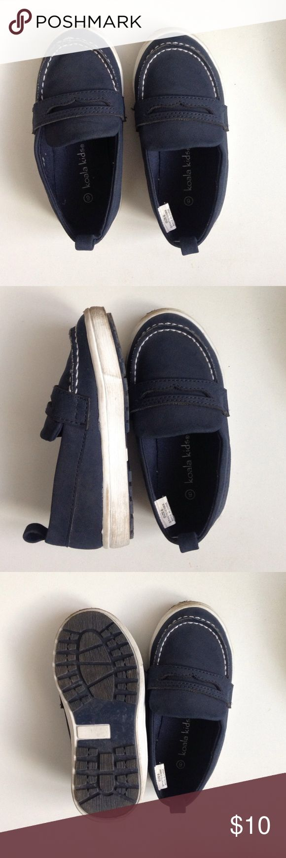 Dressy boat shoes SPERRY inspired ! Navy , worn once for a family photo shoot for a few hours. Will ship same day , not firm on price ! Koala Kids Shoes