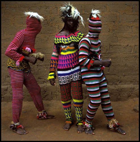 Ngar Ball Traditional Masquerade Dance, Cross River, Nigeria, 2004 / Phyllis Galembo