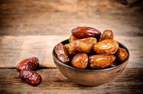 La plupart des gens ne pensent pas beaucoup aux avantages et aux bienfaits des dattes sur la santé. Mais les dattes sont incroyables et ce petit fruit peut fournir d'excellents avantages pour la santé. Si vous commencez à manger trois dates par jour, voici ce qui arrive. Les dattes sont riches en nutriments La première …