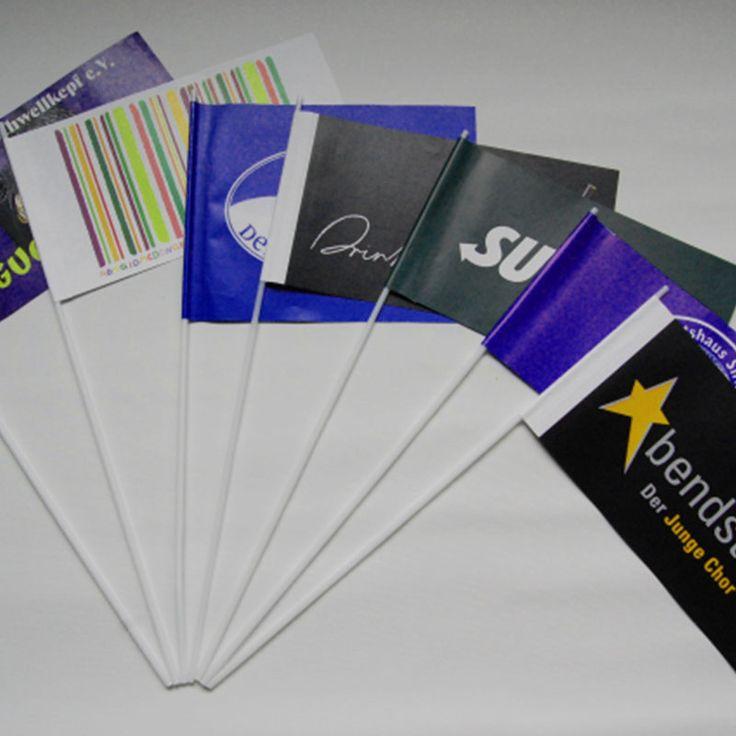 Papierfahnen und Dekofahnen drucken bei Ihrer günstigen Onlinedruckerei… Sie wollen günstige Papierfahnen für Ihr Veranstaltung kaufen? Dann sind Sie hier genau richtig. Stichworte von Stockflaggen.de: #Papierfahnen #Papierfähnchen #Papierflaggen #Winkelemente