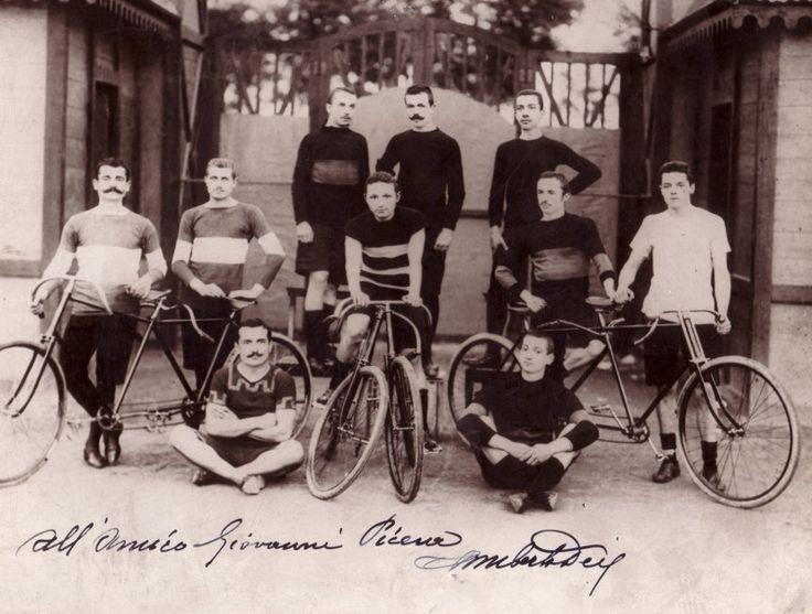 La foto nel cassetto 1 - Motovelodromo di Torino fine 1800 - Con dedica e autografo di Umberto Dei - #fotonelcassetto #1800 #ciclocollection