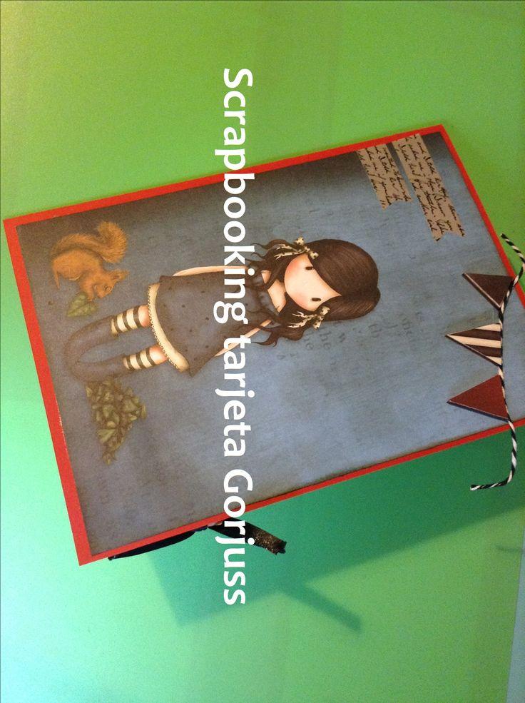 Una tarjeta scrapbook con papeles de la colección de muñecas Gorjuss #scrap #conideade #manualidades