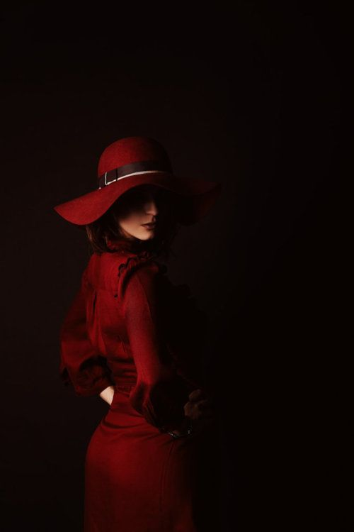 Loving the mysterious nature of her...reminds me of Carmen Sandiego (remember her?)