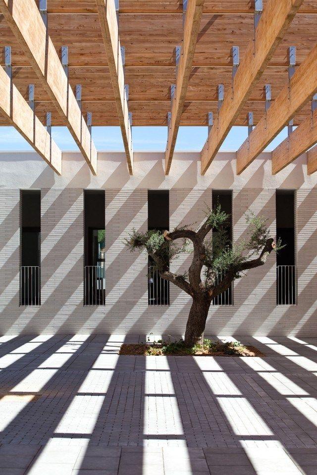 Escola Internacional del Camp, Salou >  Josep Benedito + Gaspar Costa + Jordi Adell + Mariona Benedito via @Heidi Cressman > Arquitectura