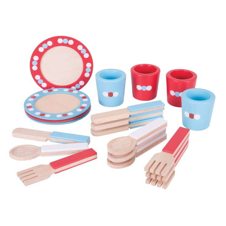 Organiseer een etentje voor 4 en dek de tafel met dit servies van BigJigs. Plaats de borden op tafel, leg het bestek op de juiste manier op tafel en de tafel compleet met een bijpassende beker. Het houten servies is prachtig afgewerkt met rode, blauwe en witte details. Spelen met de serviesset stimuleert de ontwikkeling van handigheid, fantasie en sociale vaardigheden. Afmeting: verpakking 38,5 x 27 x 6 cm - Houten Servies