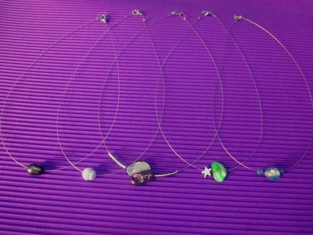 3 Κολιέ Ατσαλόσυρμα Ημιπολύτιμες Πέτρες Γυάλινα Μεταλλικά Στοιχεία Σχέδια Μόδας Προσφορά - 5 euros