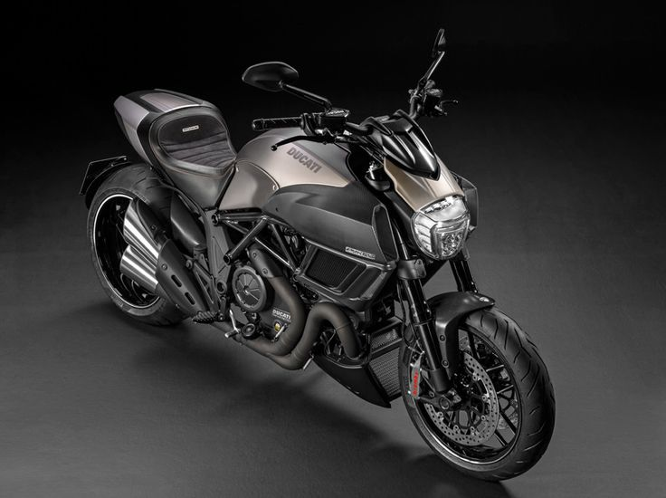 limited edition ducati diavel titanium motorcycle debuts at EICMA 2014