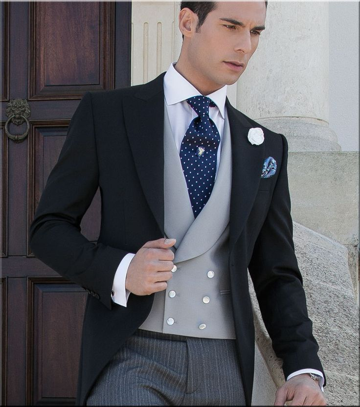 "Modern morning dress. Note that this is not a suit! It is not a ""morning suit"": coat, waistcoat and trousers are all different colours!"