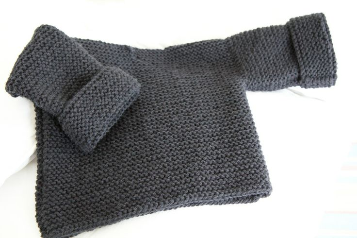 les tricots de Granny 9 mois: Knitwear, Balthazar Création, Knitting, Baby Sweaters, Baby Knits, Garter Stitch, Crochet Tricot Couture, Création Granny, Knits